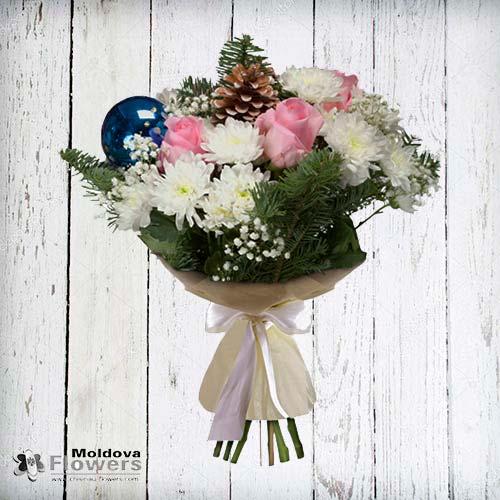 Новогодний букет из роз и хризантемы