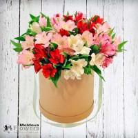 Букет цветов в шляпной коробке №2