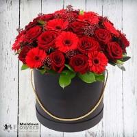 Букет цветов в шляпной коробке №5
