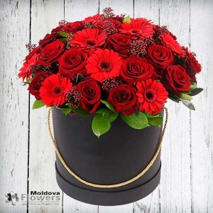 Flower bouquet in hat box #5