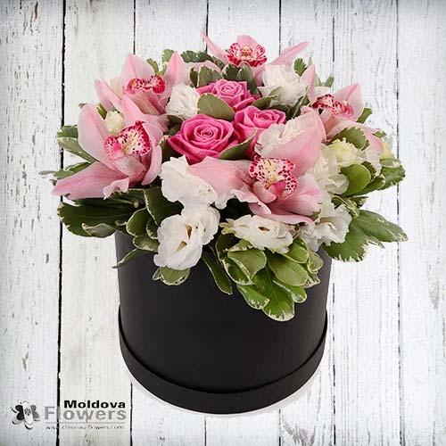 Buchet de flori în cutie de pălării #7